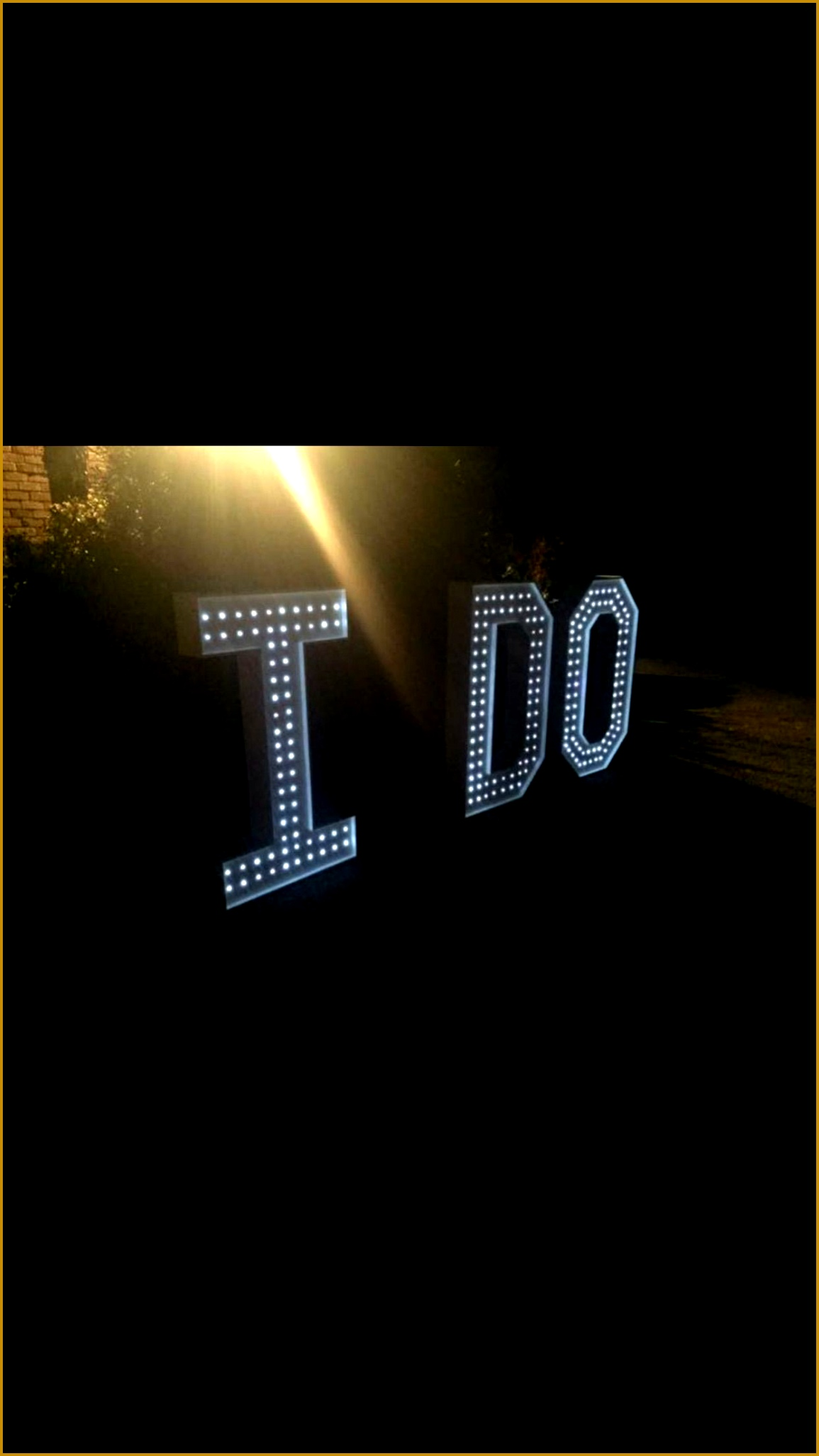 Just say I DO With a giant set of 4ft letters 20531155